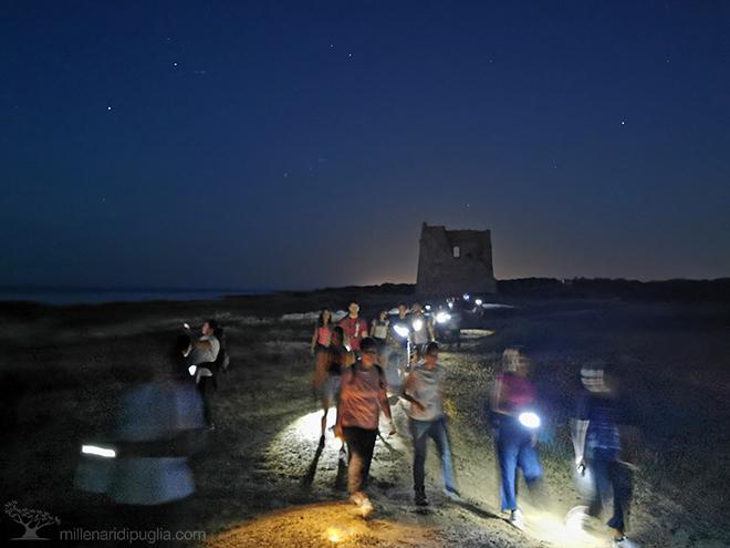 escursione notturna a torre pozzelle tra la luna e le stellemillenari di  puglia  millenari di puglia